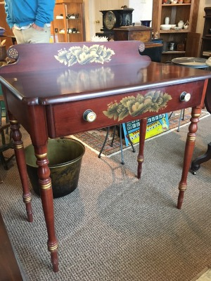 Vintage Hitch Federal Style Writing Desk